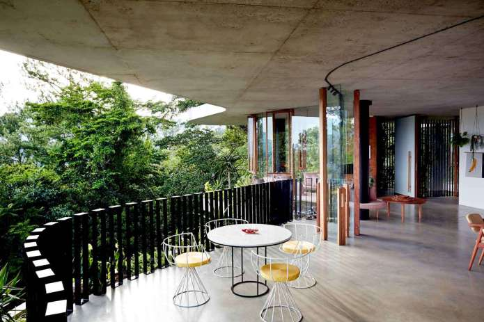 Planchonella-House-Jesse-Bennett-Architect-Yellowtrace-08_b