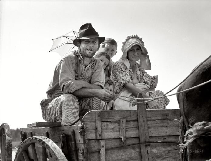 """Sharecropper family near Hazlehurst, Georgia."""